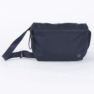 Lululemon go lightly navy belt bag Crossbody